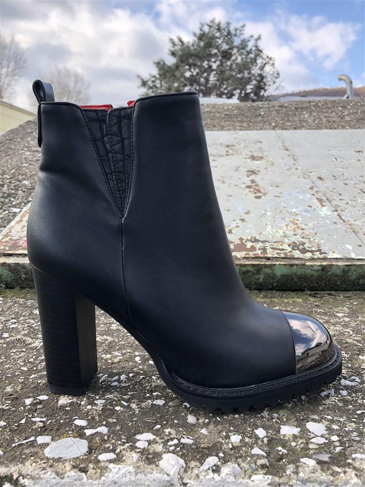 Μποτακια Γυναικεια Με Χοντρο Τακουνι Ψηλο Χρωμα Μαυρο 091562 – Παπούτσια  Τσαγγόπουλος 82c003d2f21