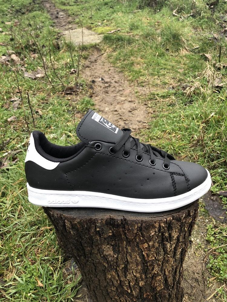 Ανδρικα Αθλητικα Παπουτσια STAN SMITH Χρωμα Black White Τ100102 c724149947f