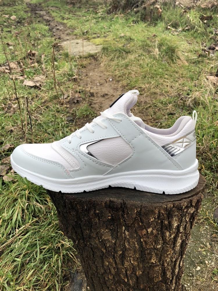 a3ef27e442c Γυναικεια Αθλητικα Παπουτσια Αεροσολα Χρωμα Λευκο 000123