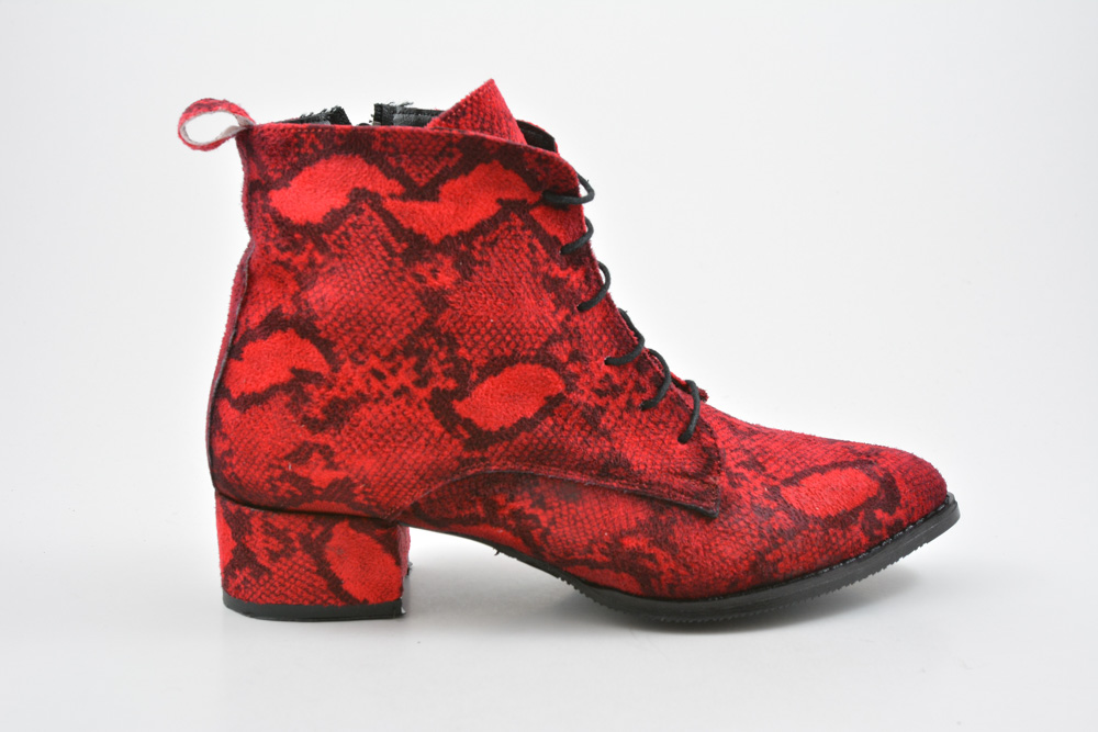 19155517cb6 Μποτακια Γυναικεια Μυτερα Με Χοντρο Χαμηλο Τακουνι Και Snake Print Χρωμα  Κοκκινο 009081